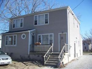 ALL INCLUSIVE! Unit with large back yard @ 539 Confederation