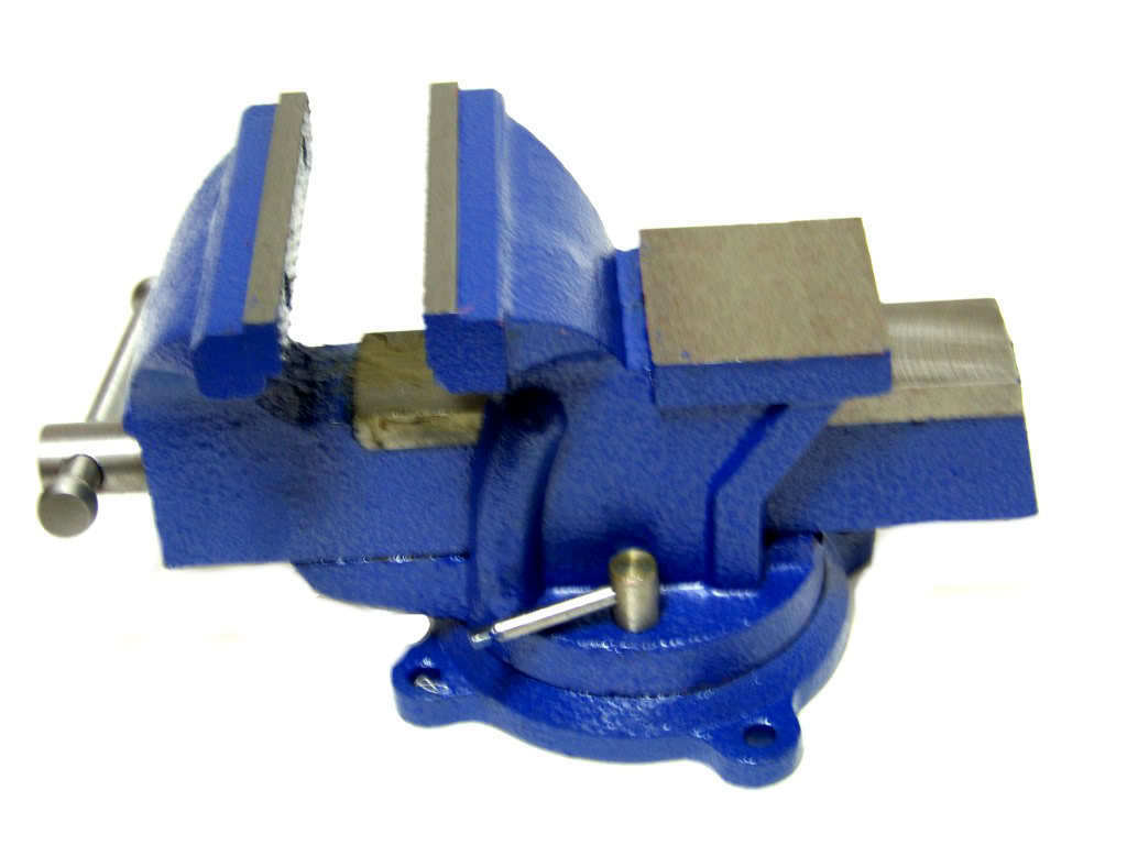 5 Bench Vise With Anvil Swivel Locking Base Table Top