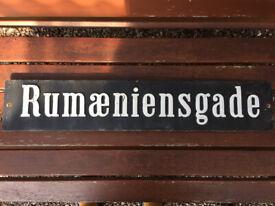 Metal sign ' Rumaeniensgade '