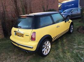 Mini Cooper 2003 race yellow service history