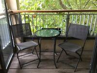 Balcony table & 2 chairs