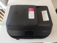 *Hp Officejet 5230 almost NEW!!! FREE cartridges ( Just 100 pages printed plus )
