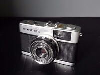 Vintage Olympus Trip 35mm Camera in original box