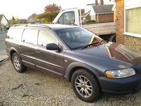 VOLVO XC70 AWD CROSS COUNTRY DIESEL ESTATE. 6 SPEED MANUAL 54 REG (2005)