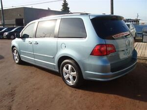 2009 Volkswagen Routan SEL Premium Edmonton Edmonton Area image 6