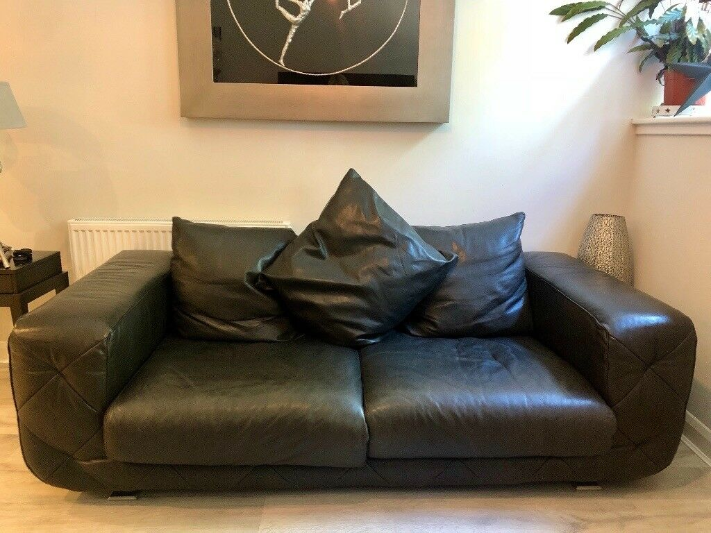 Natuzzi Italian Black Leather Sofa Couch With Silver Brushed Feet 3 Seater