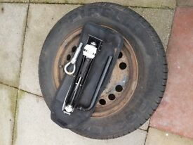 spare wheel and accessories off vauxhall zafira