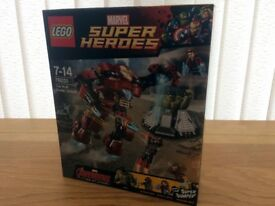 Lego Hulk Buster 76031 BNIB