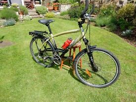 Ladies Decathlon Touring Bike. Shimano gears and pedal gear. Front disc brake and suspension. VGC