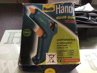 Glue gun for crafts