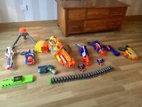 Selection of nerf guns, cartridges and tripod. All in working order and very good condition.