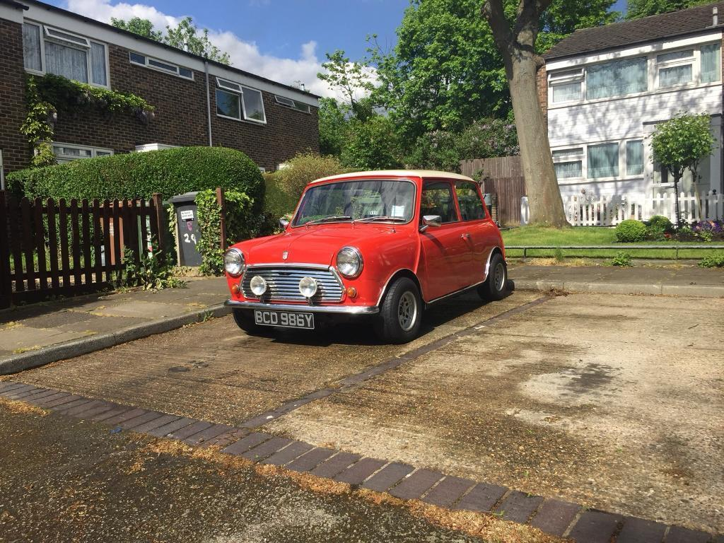 Classic Morris Mini 1000 Not Not Rover Mini In Charlton London