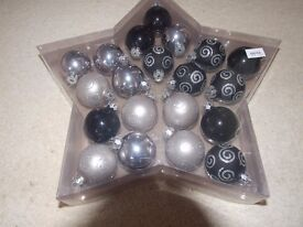 Christmas baubles in silver and black