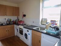 Oval Road Double Room Available - Zero Deposit, En-Suite, House Share Includes All Utility Bills