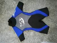 Child' wetsuit