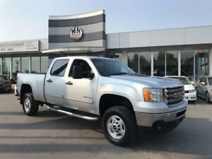 2014 GMC SIERRA 2500HD SLE 4WD 6.6L DIESEL Leather Loaded Only 1