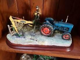 Border fine art tractor