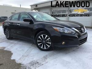 2016 Nissan Altima 2.5 (Heated Seats, Bluetooth)