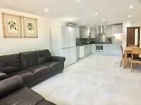 Large Double Room with en-suite to let