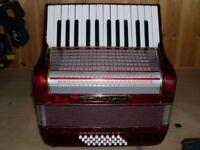 Worldmaster, 32 Bass, 2 Voice, Piano Accordion.