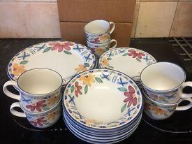 Staffordshire Bolero Tableware/DinnerSet