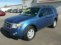 2009 Ford Escape XLT V6 4X4 AUTO LOADED
