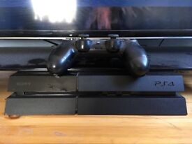 PS4 one controller 2games
