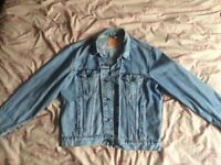 SALE: LEVIS STRAUSS & CO. DENIM JACKET SIZE M-L (12-14) EXCELLENT CONDITION