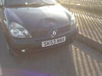 Renault Clio front bumper black facelift breaking parts spare wheel wing lights alternator coil 1.4