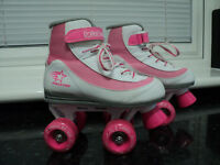 GIRLS WHITE & PINK ROLLER BOOTS. SIZE 13. HARDLY USED. BARGAIN £10. COLLECT ONLY