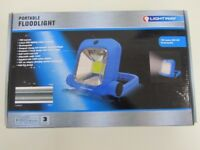 Lightway Portable Rechargeable 700 Lumen COB LED Floodlight