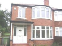 3 BED FAMILY HOUSE LS8 £950