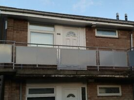 1 Bed Flat for rent in Cramlington. Well located, 1st floor, new kitchen, shower, flooring, etc.