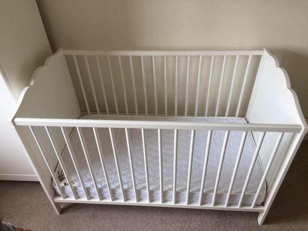 White Cot, mattress and beddings