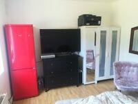 Twice Room to rent ground floor