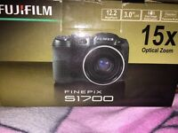 Fujifilm finepix s1700 digital camera