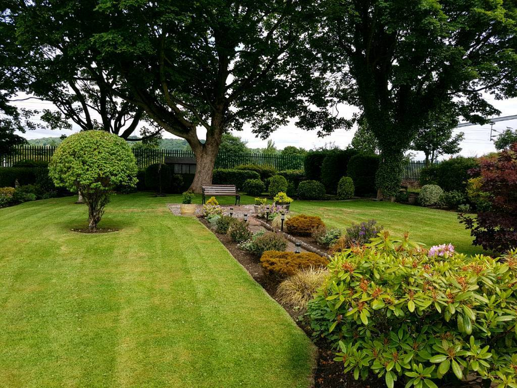 All round gardening services in corstorphine edinburgh for Gardening services