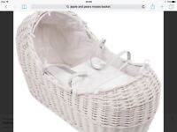 Apple and pears Moses basket in white and rocking stand