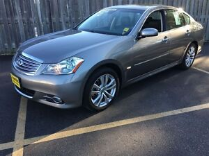 2010 Infiniti M35X Automatic, Navigation, Leather, Sunroof, TV/D