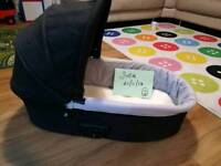 Oyster 1 Carrycot FREE!!