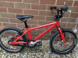 Islabike Red Cnoc 16 - excellent condition