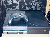 Halo ltd edition xbox one console & controller