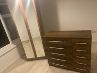 Wardrobe and drawer unit
