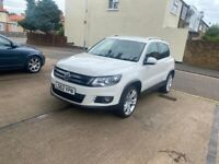 Volkswagen Tiguan *Full Service History* *SELF PARKING* FULLY LOADED IMMACULATE EXAMPLE