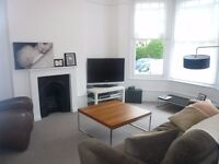 *** A bright and spacious five bedroom family house to rent, Rathcoole Avenue, N8 ***