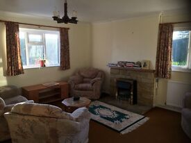 Lovely 2 bedroom cottage to share