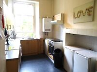 Three bedroom HMO flat on Morrison Street