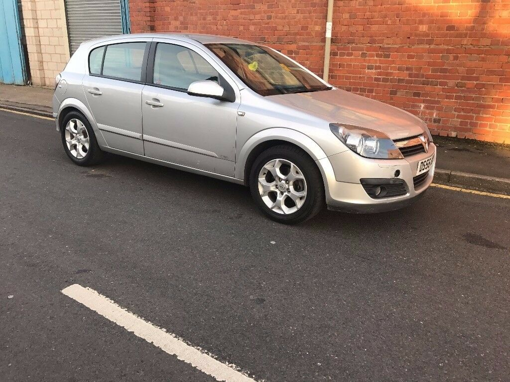 Vauxhall Astra 1.6 low millage bargain