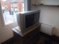 """26"""" LG TV for freeee. (It works)"""