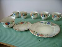uncompleted dinner/tea set